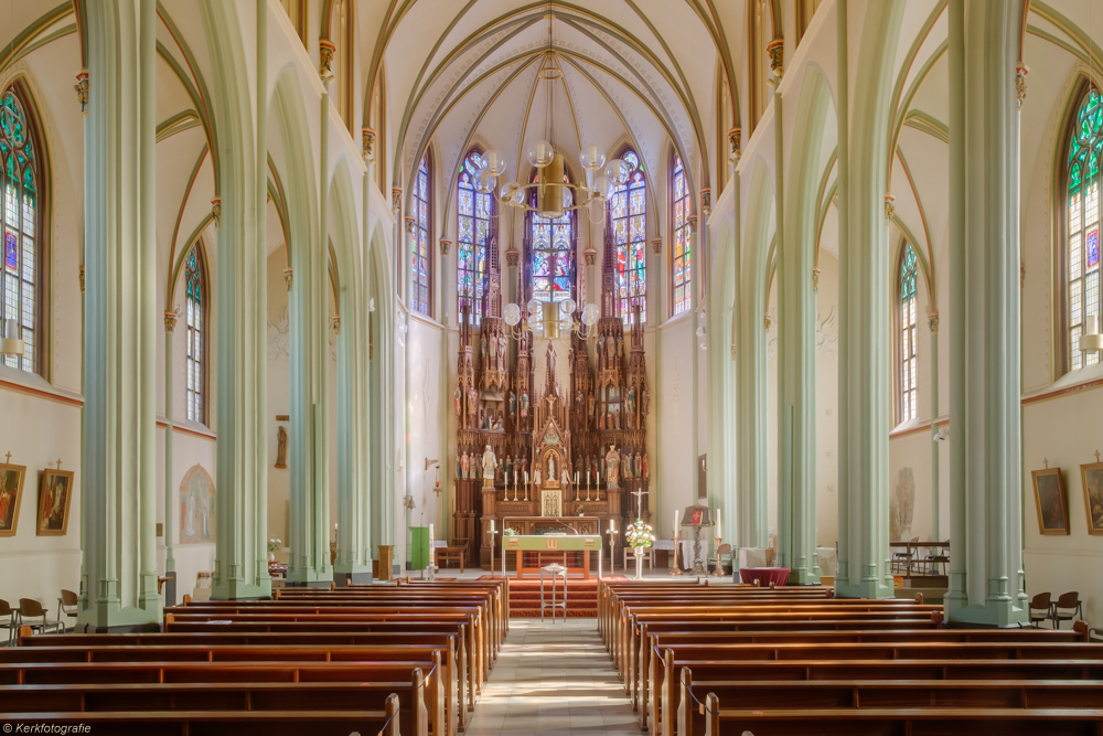 Heilige-Laurentius-en-Moeder-Gods-VoorschotenMG_5268