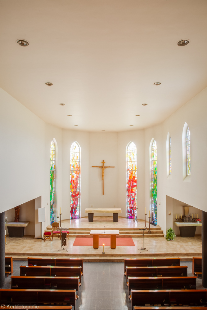 MG_0523-OLV-Kerk-Missieklooster-Aarle-Rixtel