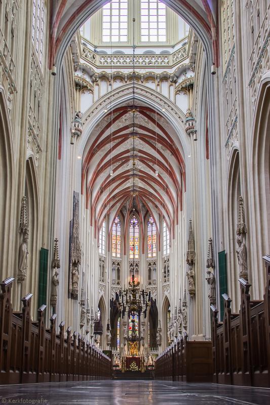 St Jans Kathedraal Den Bosch_1568 HDR.jpg